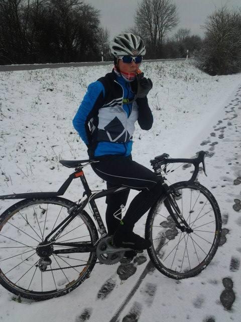 TeamLeReve-Biking_snow