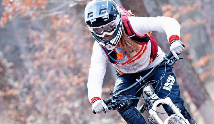 Ride 15L SOURCE Hydration Pack - Riders Opinion by Vanessa Kager